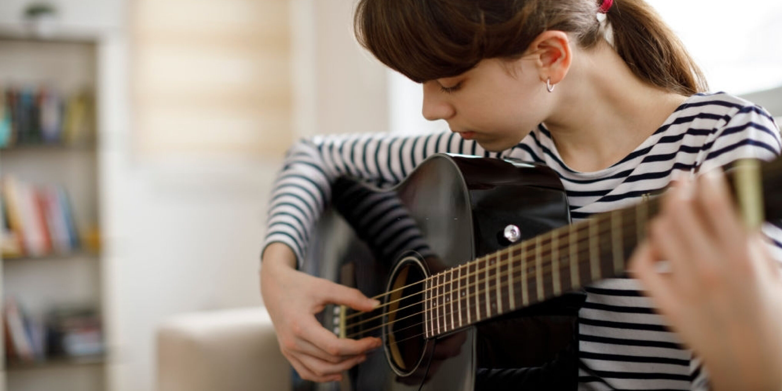 How to Tune a 12-string Guitar: An Ultimate Guide